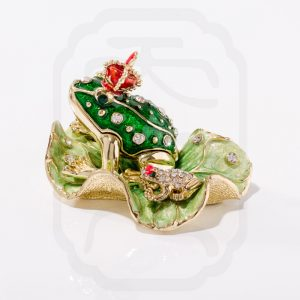 Bejewelled Money Toad Statue-